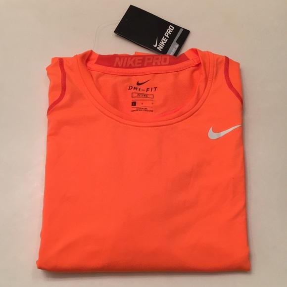 913d5c16e36 Nike Pro Men s Fitted Longsleeve Shirt